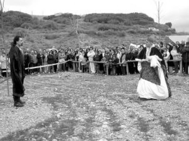 Vecinos de Viana recuerdan a través del teatro la muerte de César Borgia
