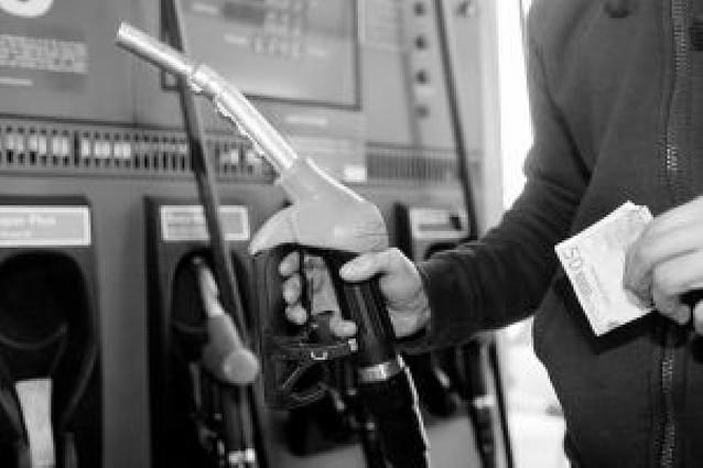 Hacienda ingresó 4.200 millones de más desde 2004 por la subida del petróleo