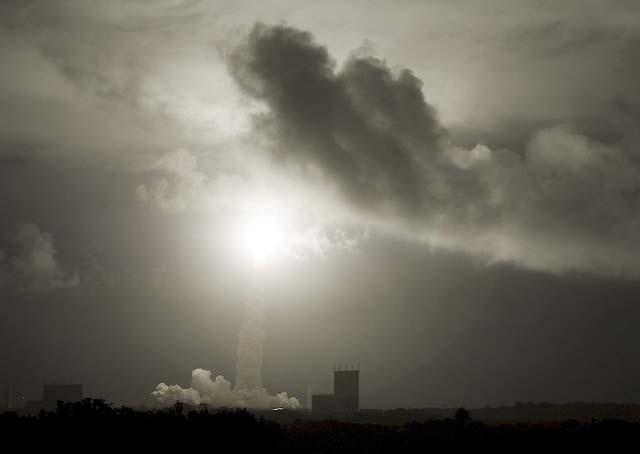Despega el cohete Ariane-5 que pondrá en órbita el carguero europeo de la ISS
