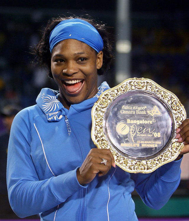 Serena Williams bate a Schnyder y se alza con el Abierto de Bangalore