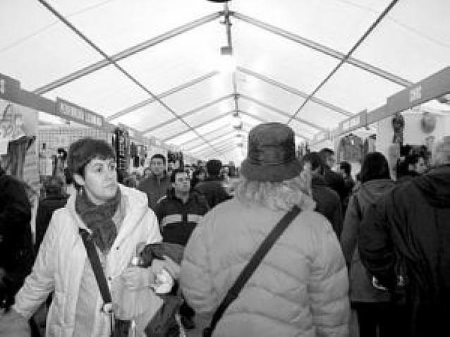 32.000 personas han visitado la II Feria de las Oportunidades Pamplona Stock