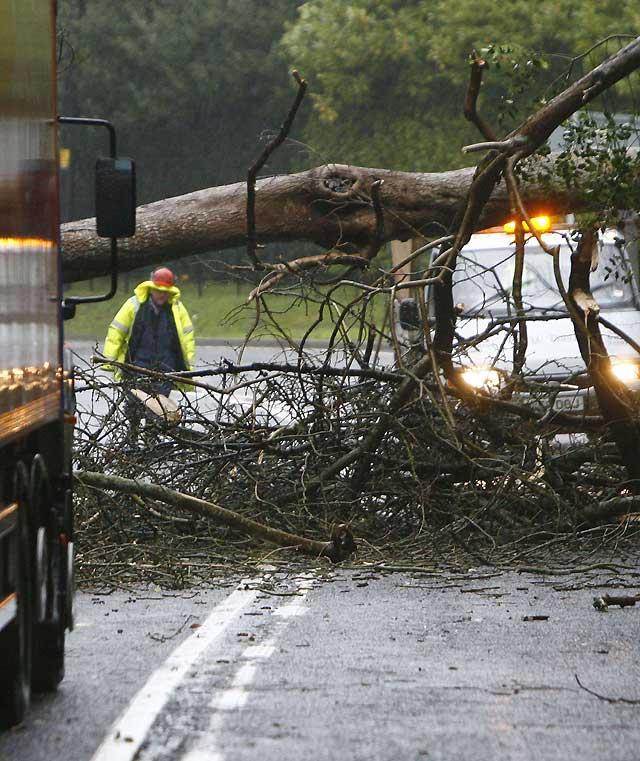 El temporal que azota al Reino Unido deja sin electricidad a 7.000 viviendas