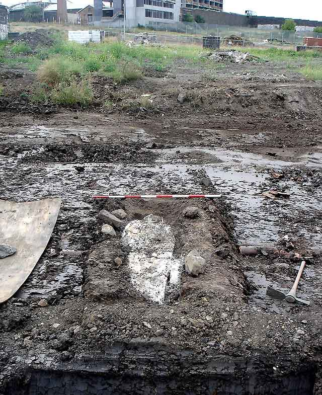Un grupo de arqueólogos anuncia el descubrimiento de la tumba del bandido Ned Kelly