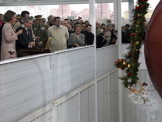 Los Reyes presiden en Ferrol la botadura del mayor buque de guerra español