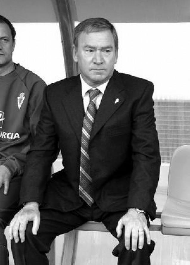 Clemente saca el látigo en Murcia