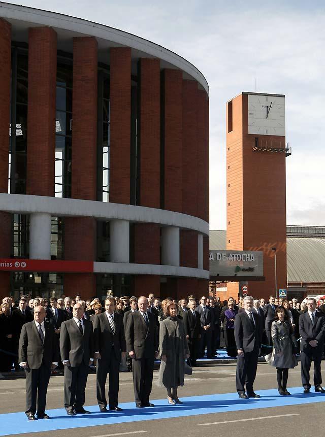Madrid homenajea a las víctimas del 11-M en un acto austero y solemne