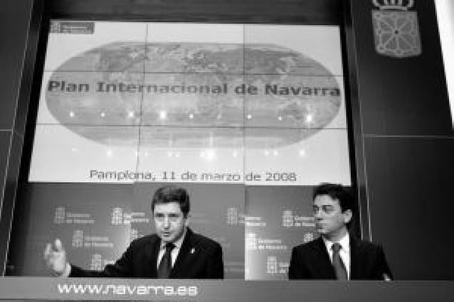 Jóvenes que viajen y negocien en inglés, retos del plan para internacionalizar Navarra