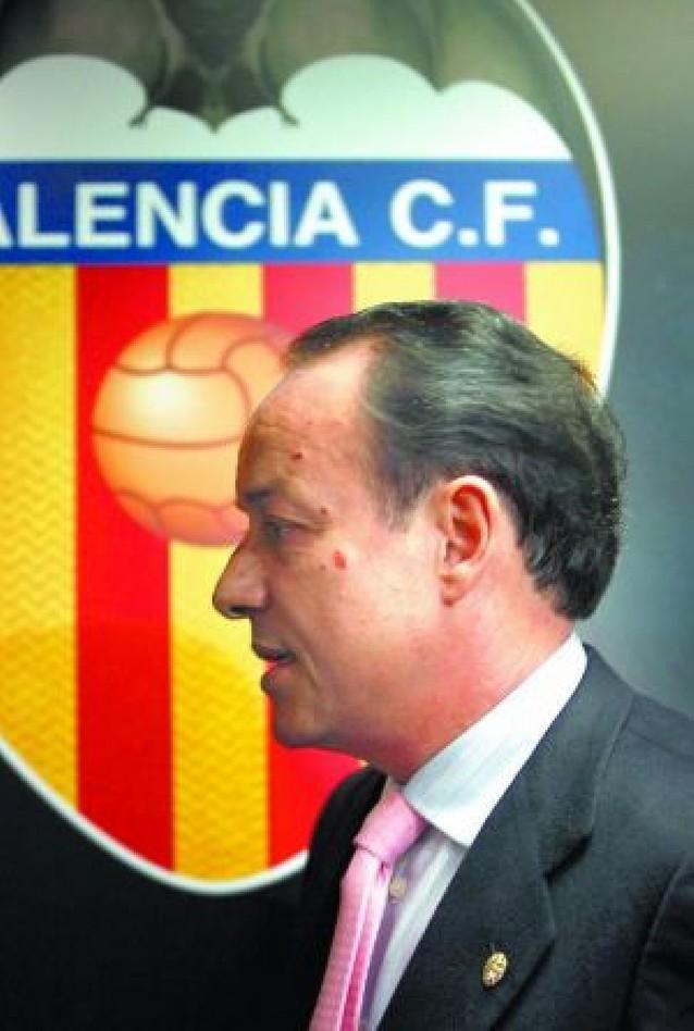 Soler deja la presidencia del Valencia