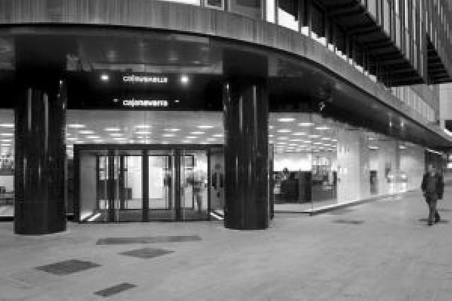 Caja Navarra reduce su presencia en Sodena y se lleva su 20% de las acciones de Iberdrola