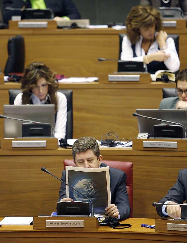 El Parlamento de Navarra aprueba la gratuidad de los libros de texto para la enseñanza básica