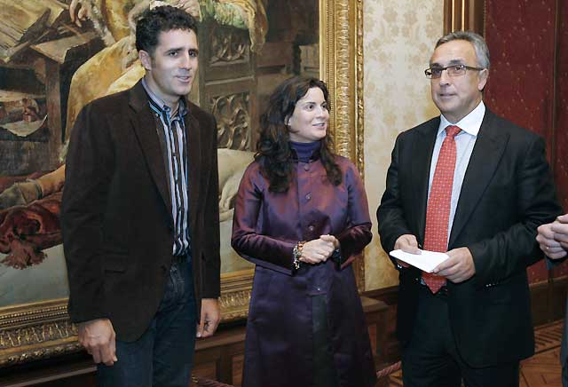 El presidente del COE asegura en Pamplona que los JJOO impulsarán los derechos humanos en China
