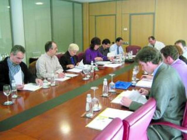 La patronal española de zumos se reunió en la sede del CNTA