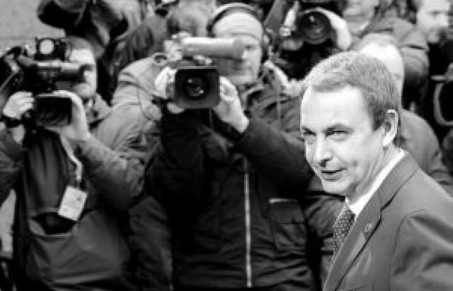 Zapatero cambiará la estructura del Gobierno para hacerlo más funcional
