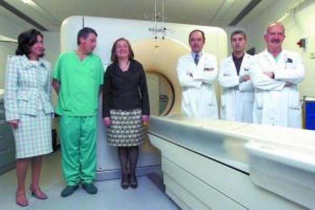 El Hospital de Navarra estrena un escáner y en breve habrá otro en Virgen del Camino