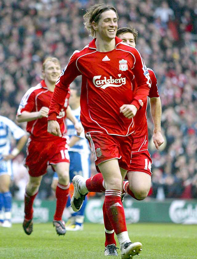 Torres vuelve a marcar en la victoria del Liverpool (2-1)