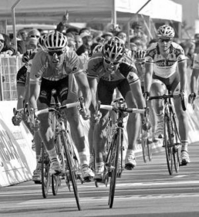 Petacchi bate al esprint a Freire en la Tirreno Adriático