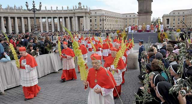 El Papa pidió a los fieles no ceder ante la avidez y la idolatría