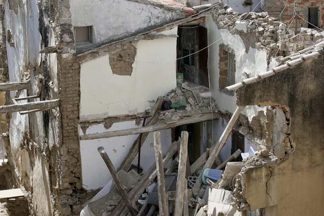 Se derrumba el tejado y el primer piso de una casa en Berbinzana