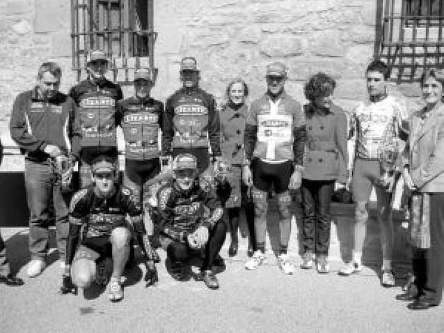 Iraizoz (Lizarte) venció en la cima de El Puy