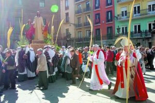 Los pamploneses celebraron el Domingo de Ramos en familia