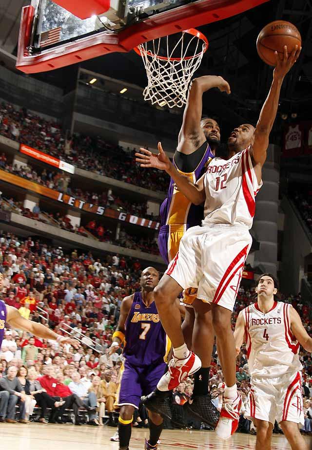 Los Rockets mantienen su buena racha con su victoria frente a los Lakers (104-92)
