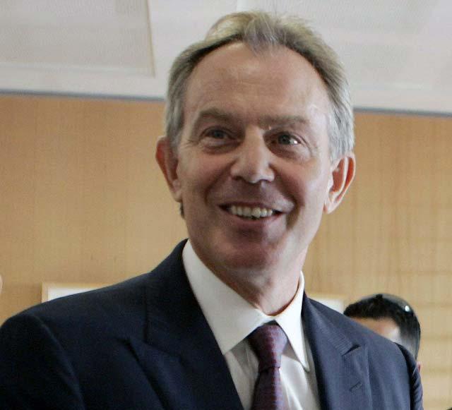 Blair se ofreció a entrevistarse con el IRA para evitar el fracaso del proceso de paz