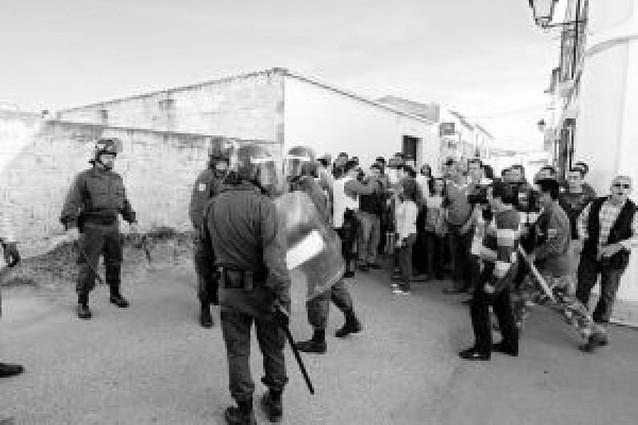 Intentan linchar en Badajoz a una familia conflictiva
