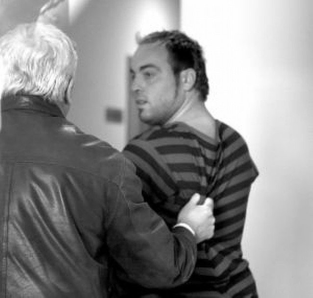 Entregado un etarra acusado de reclutar terroristas