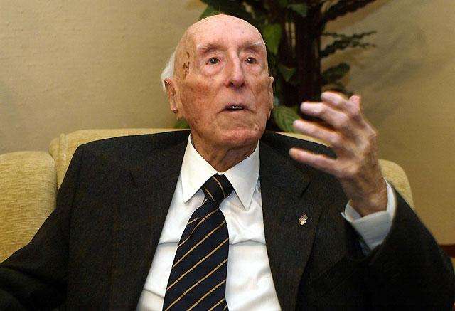 Fallece el jurista Jesús Iribarren dos meses después de celebrar su centenario