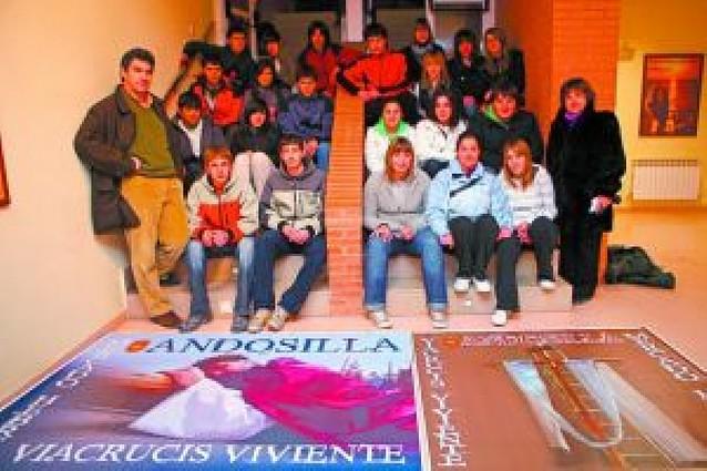 Los jóvenes toman el relevo en el Vía Crucis Viviente del Viernes Santo de Andosilla
