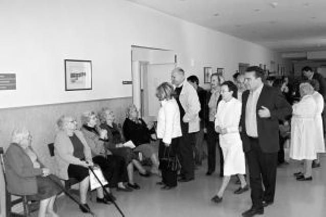 Parlamentarios visitan las residencias