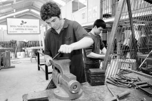 Unos 550 jóvenes sin empleo se forman en las escuelas taller cada año