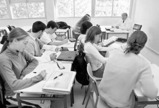 Profesores de Filosofía piden que no se quite una hora en 1º de Bachillerato