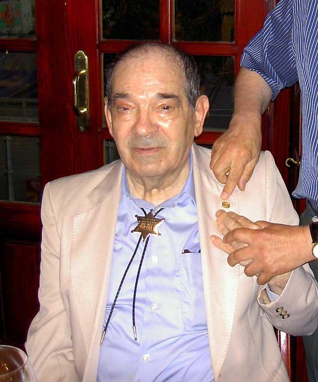 """Fallece el popular """"hombre orquesta"""" gallego conocido como John Balan"""