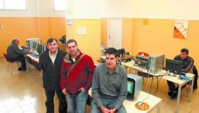 El telecentro de Barañáin tuvo 574 usuarios durante 2007