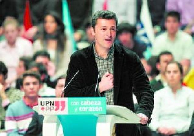 Los diputados socialistas presentaron su acta ayer y los de UPN-PP lo harán el 26