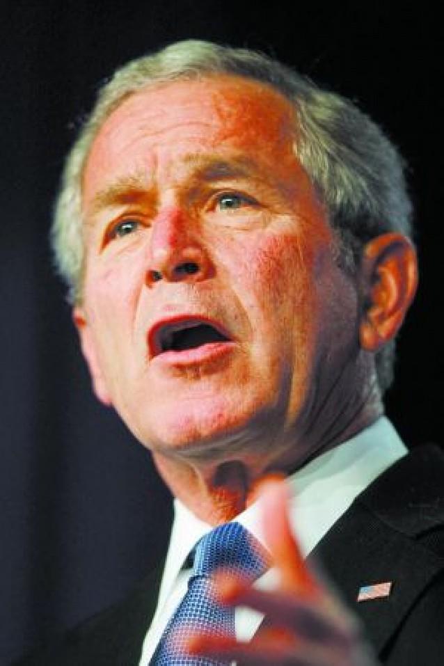 """Bush dice que invadir Irak fue una decisión """"acertada"""" y """"necesaria"""" que """"no lamenta"""""""