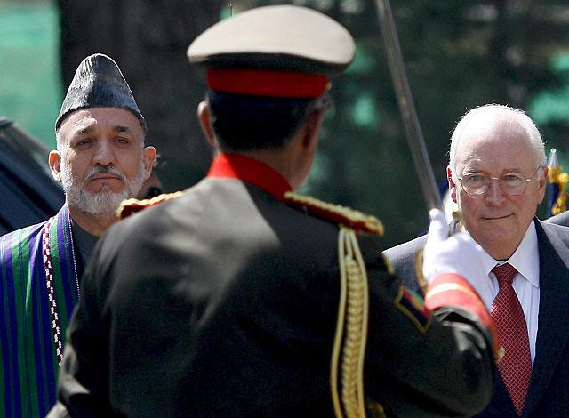 Cheney cree que la Fuerza Internacional ha hecho mucho en Afganistán pero que se necesita un compromiso más fuerte