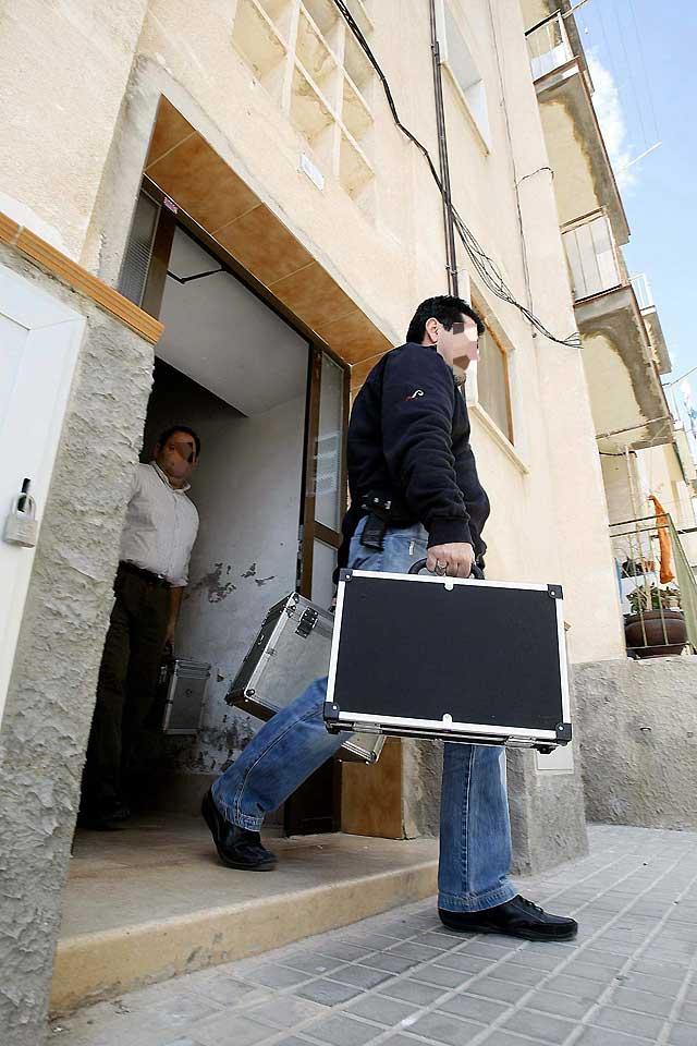 Un hombre con orden de alejamiento mata a su mujer en Jijona (Alicante)