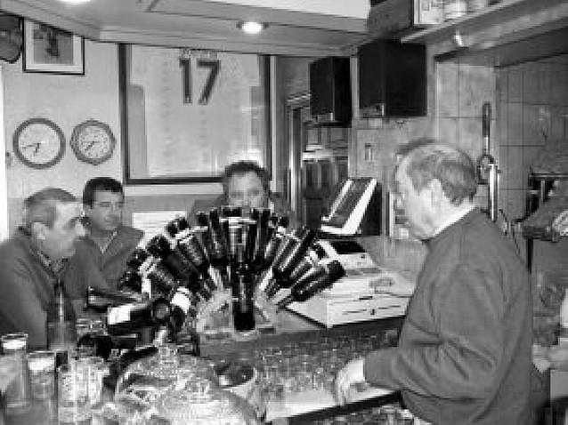 El Bar Sayas cumple su 50 aniversario en Buñuel