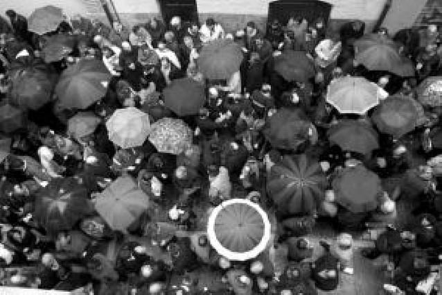 La lluvia volvió a suspender la procesión