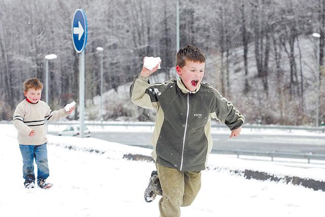 La nieve llegó a Navarra sin causar problemas en las carreteras