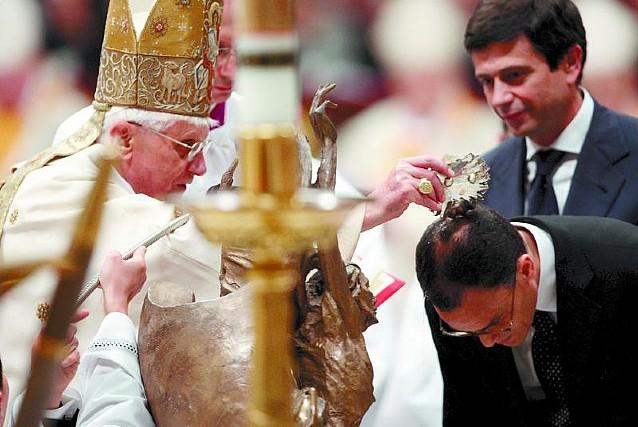 El Papa pidió por la paz en Tierra Santa, Irak, Líbano, Tíbet, Somalia y Darfur