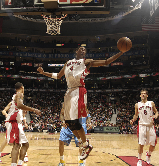 Los Raptors, con 17 puntos de Calderón, pierden ante los Nuggets su segundo partido consecutivo
