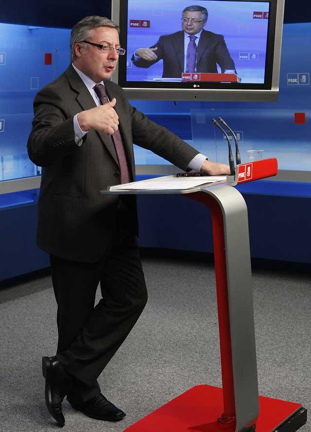 La Ejecutiva del PSOE confirma a Alonso como portavoz en el Congreso