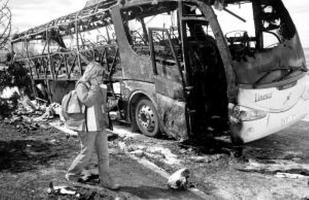 Ilesos 33 alumnos en Guadalajara tras quemarse su autobús