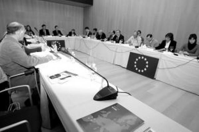 La UE concede a Navarra 19 millones para aumentar el empleo femenino