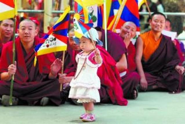 """China hace balance de los disturbios del Tíbet y afirma que cientos se han """"rendido"""""""