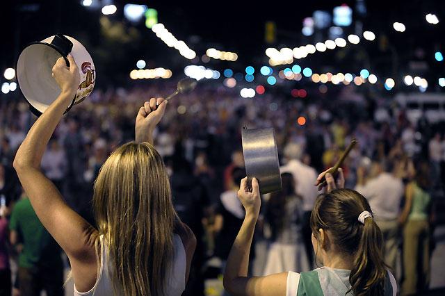 Cristina Kirchner no cede ante su primera gran protesta popular por la huelga agropecuaria