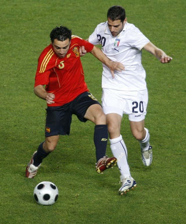 Un golazo de Villa derrota a la campeona del Mundo